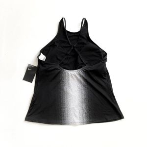 Nike Swim - Nike | Ombre High Neck Cross-Back Tankini Top  XL